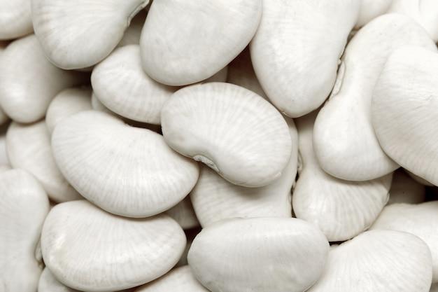 Белые бобы