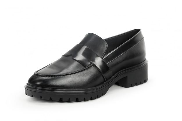 白い背景に分離されたフラットソール女性靴