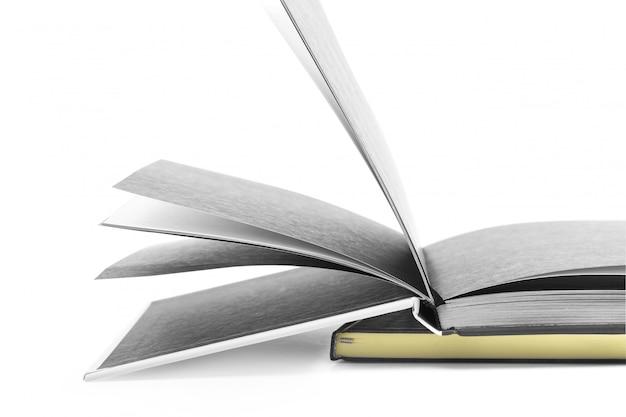 白で隔離されるノートブック