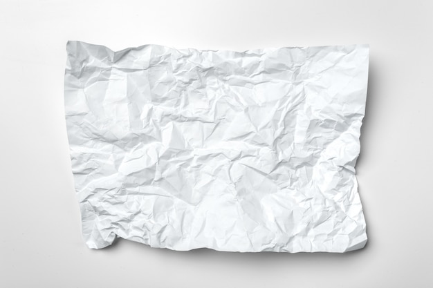 白い紙を丸めて