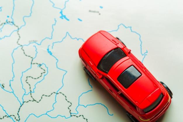 交通と旅行のコンセプト。