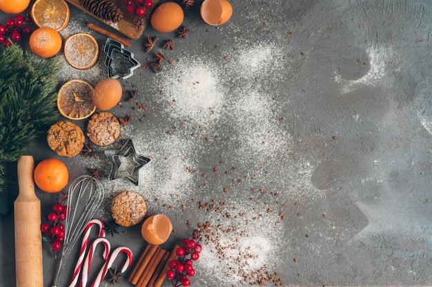 伝統的な休日のお菓子のクリスマス料理の美しい構図