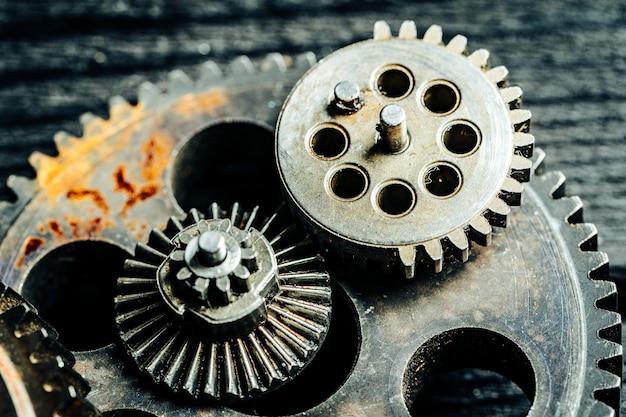 Механизмы от старой промышленной машины