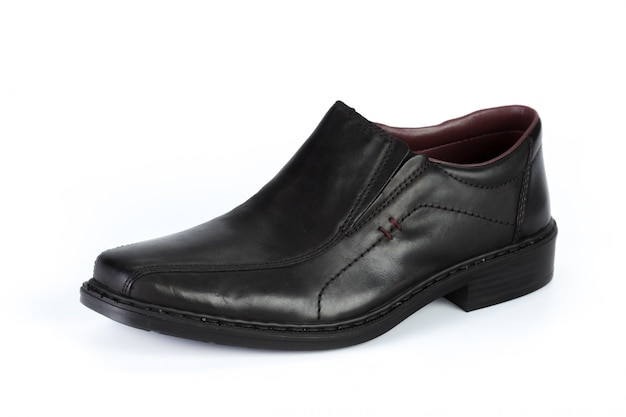 分離された黒革フォーマルな男性の靴