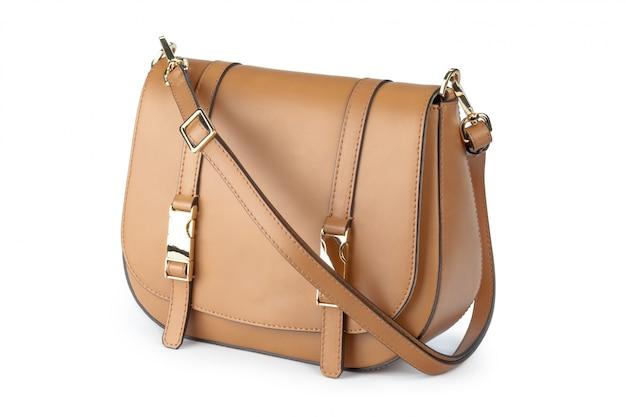 Женская сумка, изолированная на белом фоне