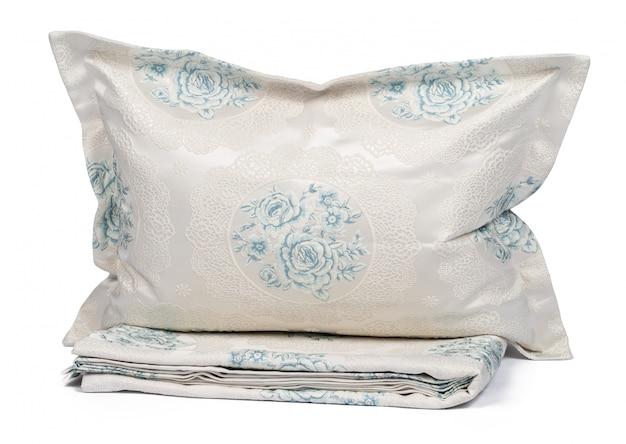 分離された新しい寝具繊維のセット