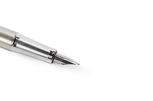 白で隔離される万年筆