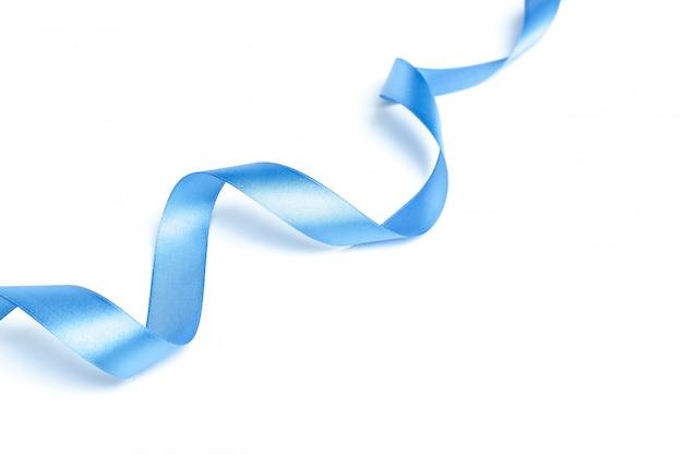 Блестящая голубая лента