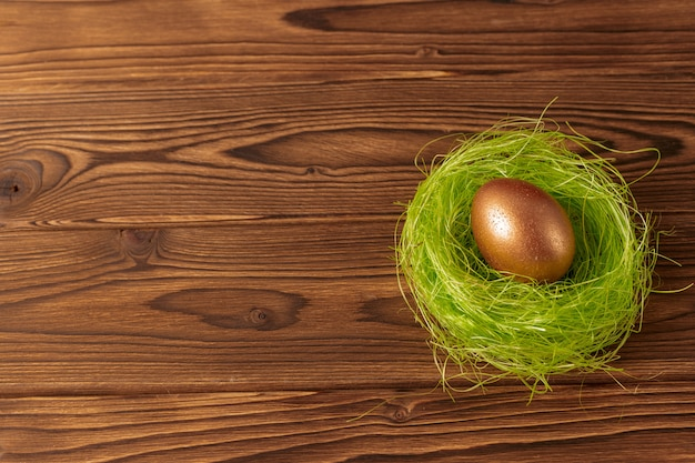 Пасхальное золотое яйцо