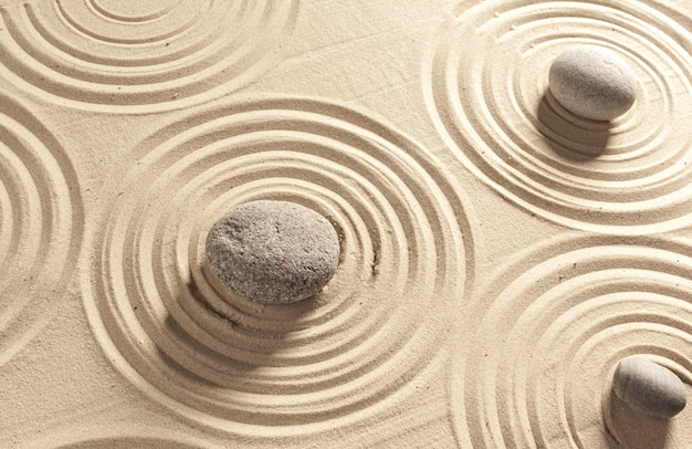 日本庭園の禅石の背景