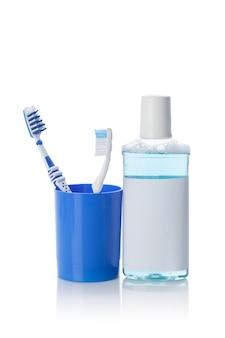 歯科用ツールと歯ブラシ