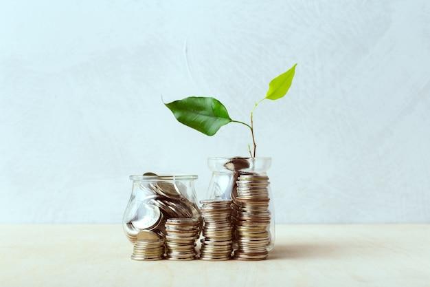 ガラス瓶のコイン、貯金のアイデア
