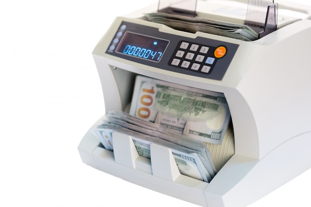 Счетчик денег на белом