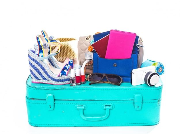 Упаковка чемодана для поездки