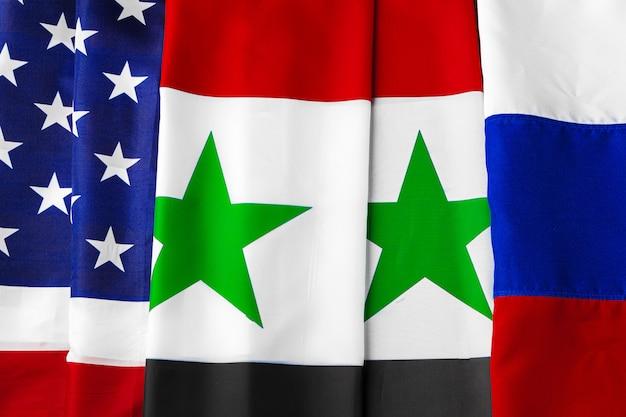 Флаги сша, сирии и россии вместе