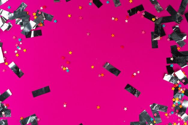 ピンクの背景にシルバーの輝き見掛け倒し