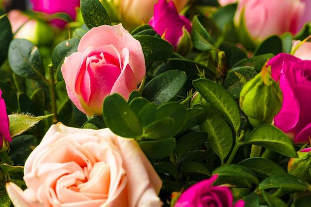 Фон из свежих цветов