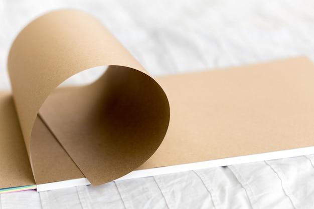 Листы бумаги
