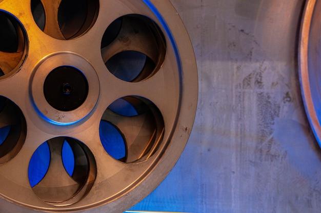 ケーブル工場でのケーブルワイヤー生産のクローズアップ