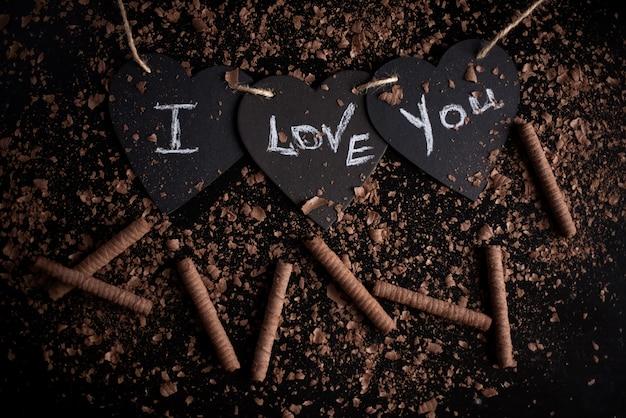私はあなたを愛して、黒板にチョークを書きました。幸せなバレンタインデー。