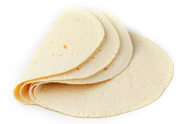 トルティーヤ。コーントルティーヤまたは単にトルティーヤは、ホミニーから作られた薄い種なしパンの一種です。