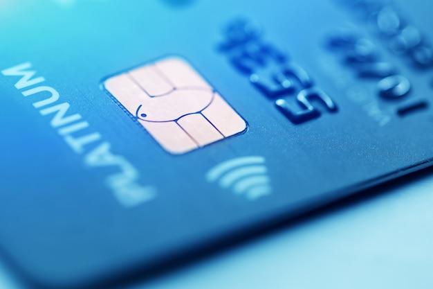 Низкий ключ макросъемки с кредитной карты.