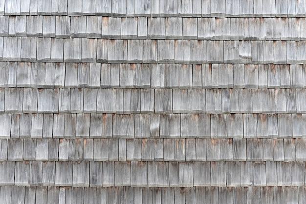 古い木製の屋根瓦