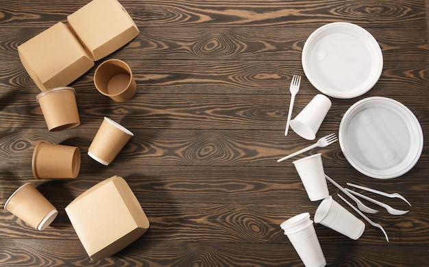 木材の生分解性プラスチック製食器、二次加工。