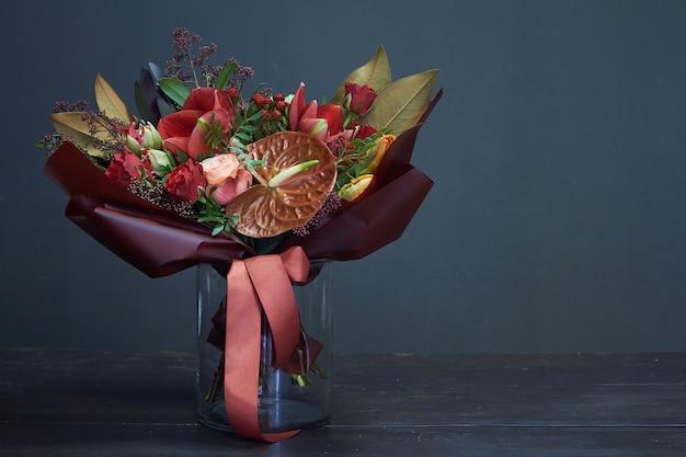 Осенний букет в красных тонах