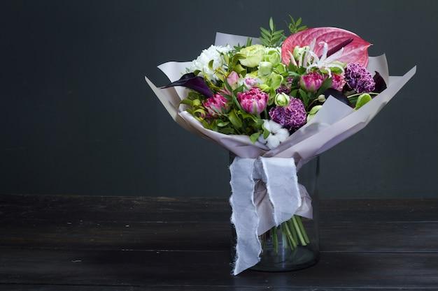 花瓶の花の花束