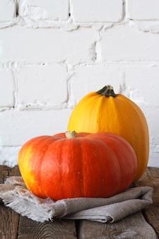 Крупный план осенних тыкв на день благодарения