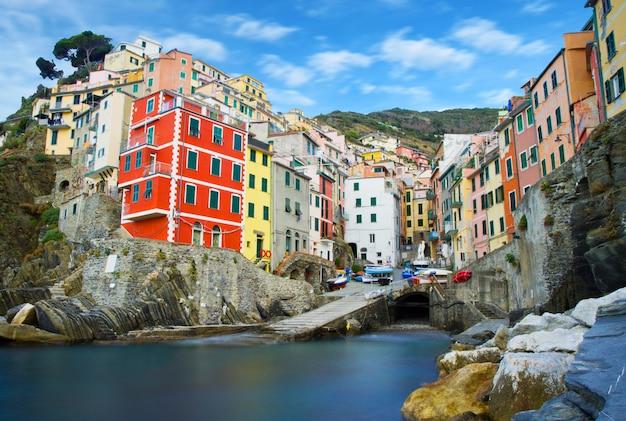 イタリアのチンクエテッレの風景