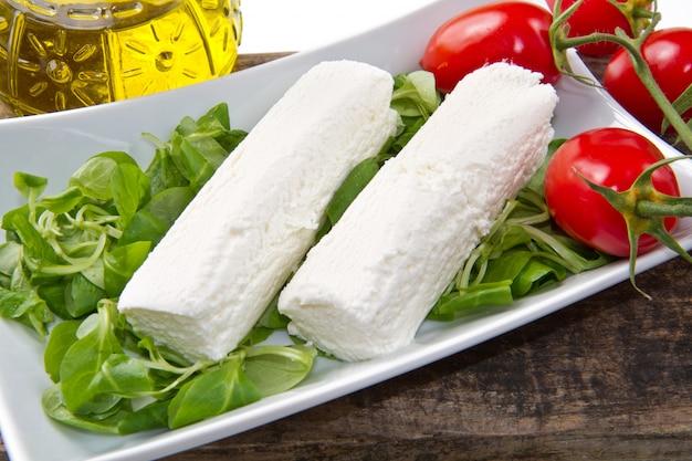 ヤギ乳チーズ