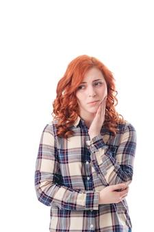 歯痛を持つ若い女性から完全に孤立した画像