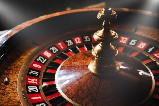 カジノのルーレットのホイール。危険なゲーム。