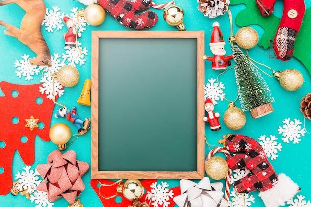 Концепция рождества и нового года с праздничными украшениями