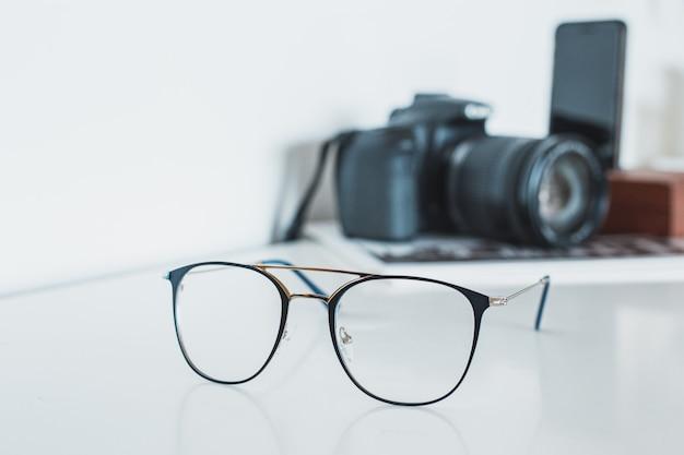 カメラと電話付きメガネ