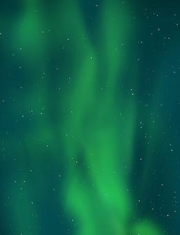 Северное сияние, аврора в небе.