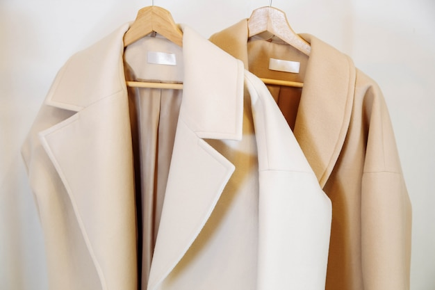 Магазин одежды разноцветные кашемировые пальто