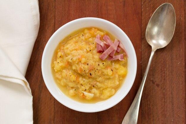 ベーコン入り野菜スープ
