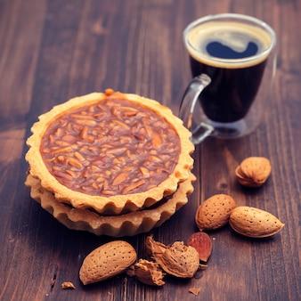 Португальский миндальный пирог