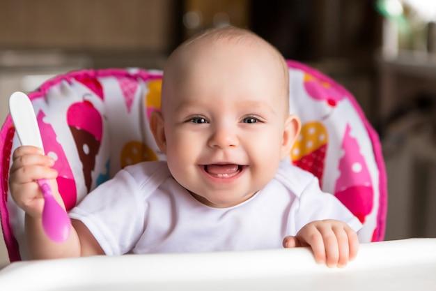 赤ちゃんと独立して食べる
