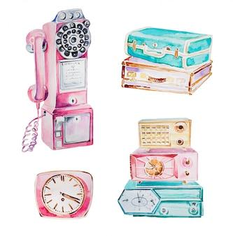 水彩の手描きのレトロなクリップアートセット。レトロな電話、ビンテージスーツケース、レトロな時計、分離された古いラジオイラスト。