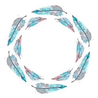 青とピンクの羽で作られた水彩画のラウンドフレーム。水彩イラスト。