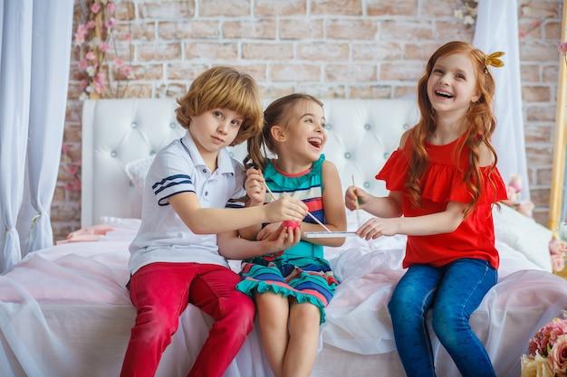 楽しい美しい子供たち