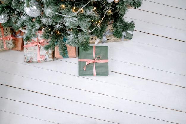 クリスマスまたは新年の贈り物