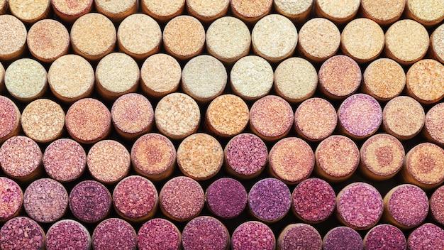 使用済みワインのコルク栓の背景。