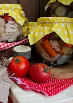 Овощи осенние помидоры