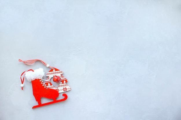 グレーの表面木のおもちゃスケート