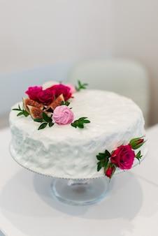 美しくて美味しいケーキ
